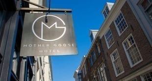 Mother Goose Hotel | Tourist in your own city