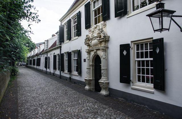 explore Utrecht Tour 2 door-1