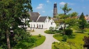 Beeld - Tuinen Grand Hotel Karel V