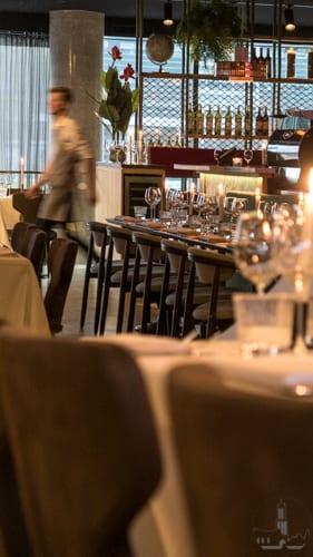 Metro Uptown Restaurant Explore Utrecht-1